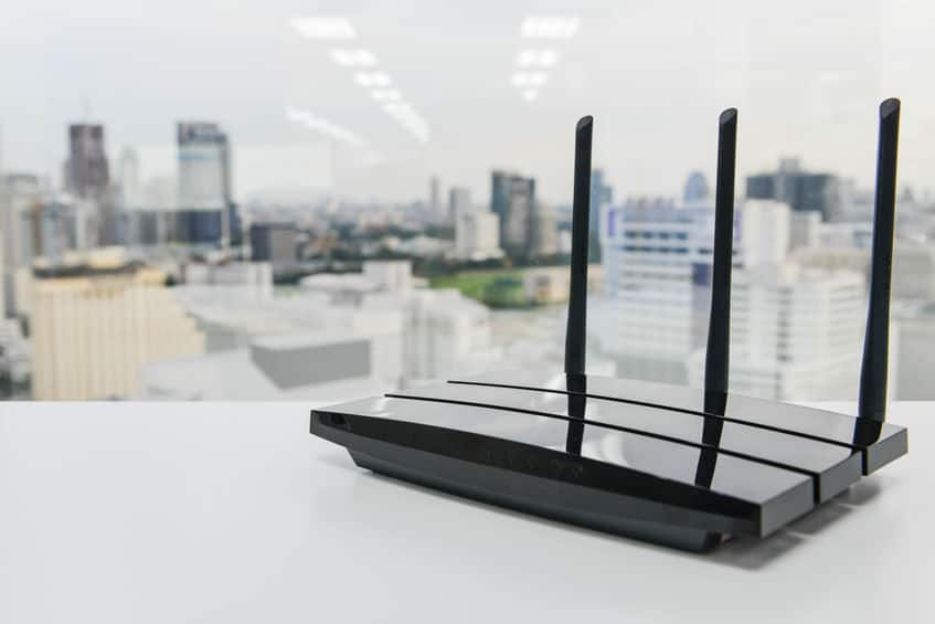 Un router wifi a 3 antenne